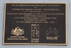 Plaque Tasman island Lighthouse April 2015