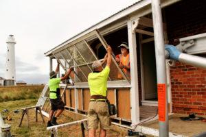 FoTI volunteers restore Quarters 2 sunroom e